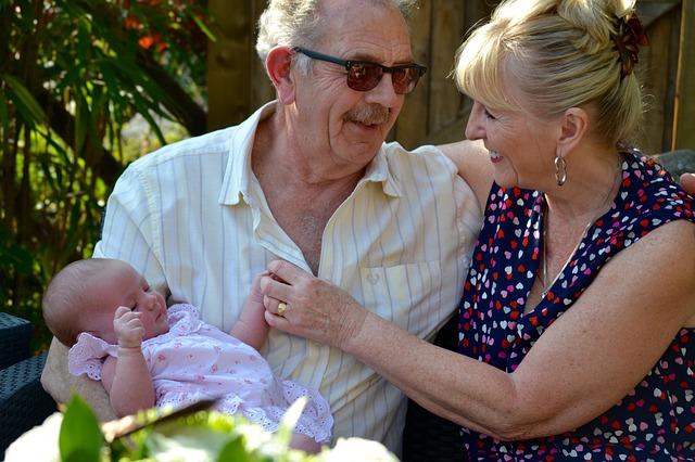 dítě s prarodiči