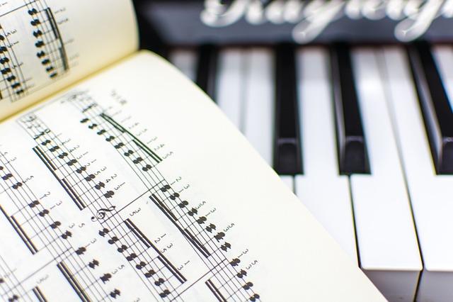 noty u piana